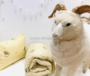 Подушка овечья шерсть, полиэстер